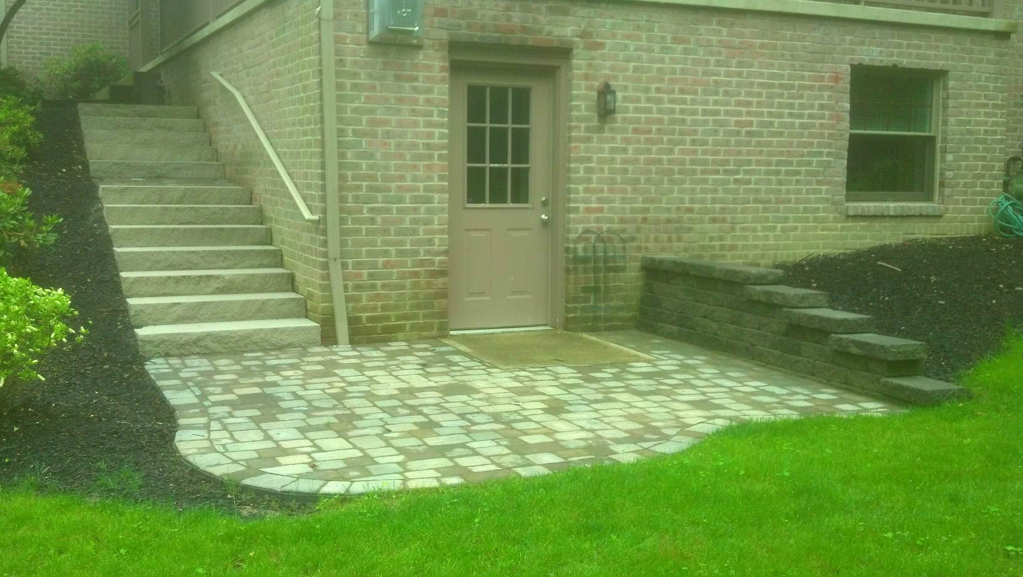 Interlocked Stone around Door